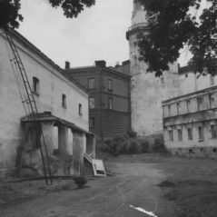 1945-